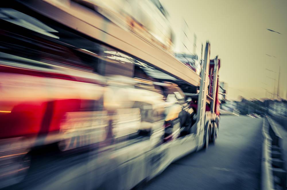 Servicios de Transporte Internacional de Vehículos