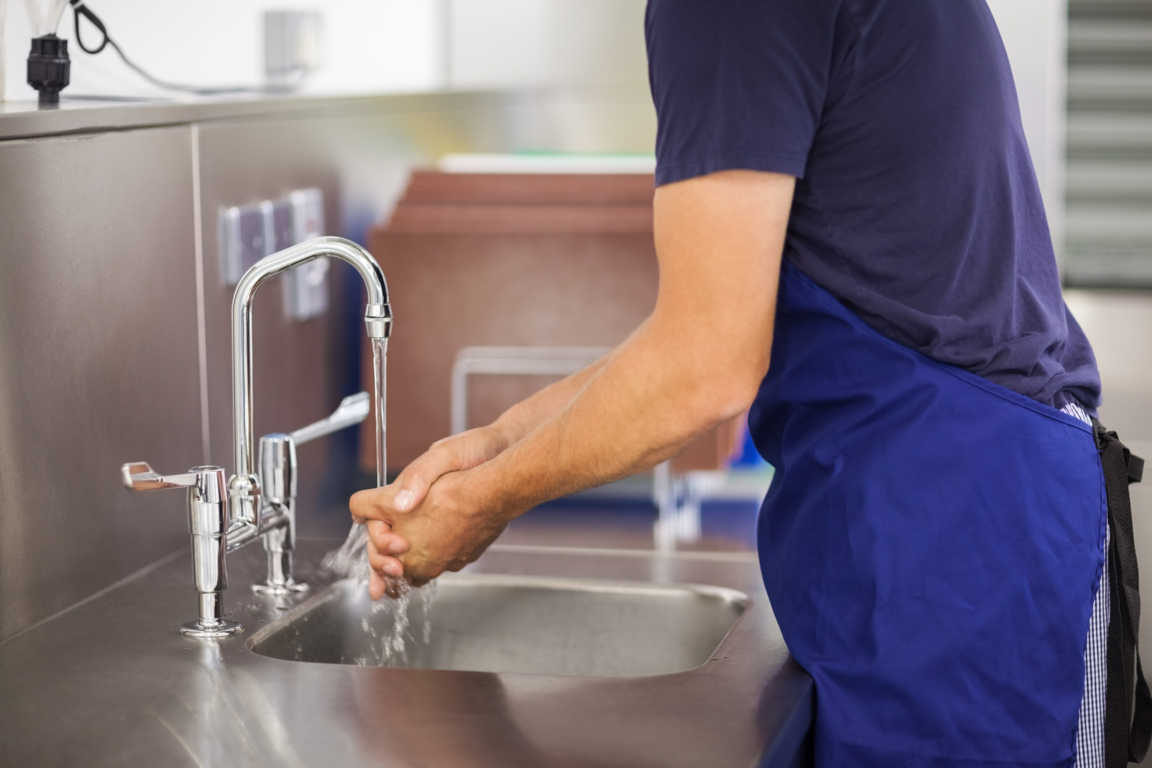 Cuidado con la higiene en la cocina. Podrías estar poniendo en riesgo tu salud